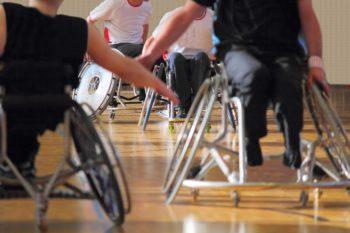 Cadeirantes jogadores de basquete - esporte e inclusão